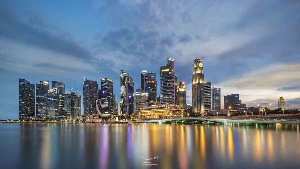 How to Shoot and Process Cityscape Photography with Challenging Lighting